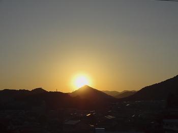 17.10.2.夕日.jpg